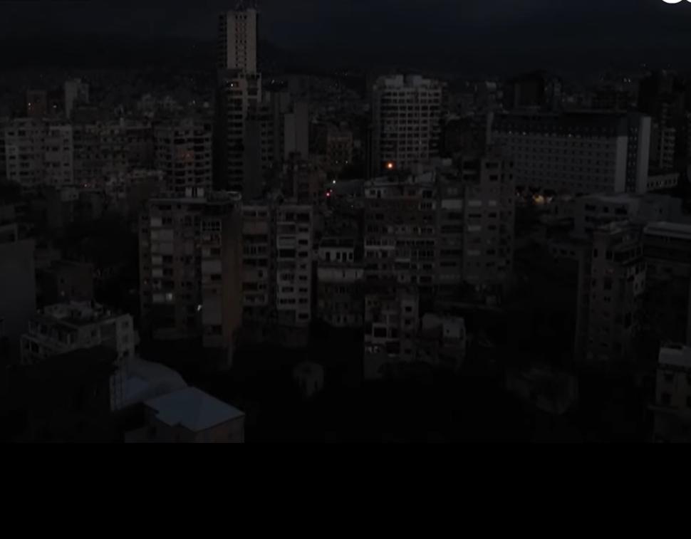 לבנון טובעת בחושך