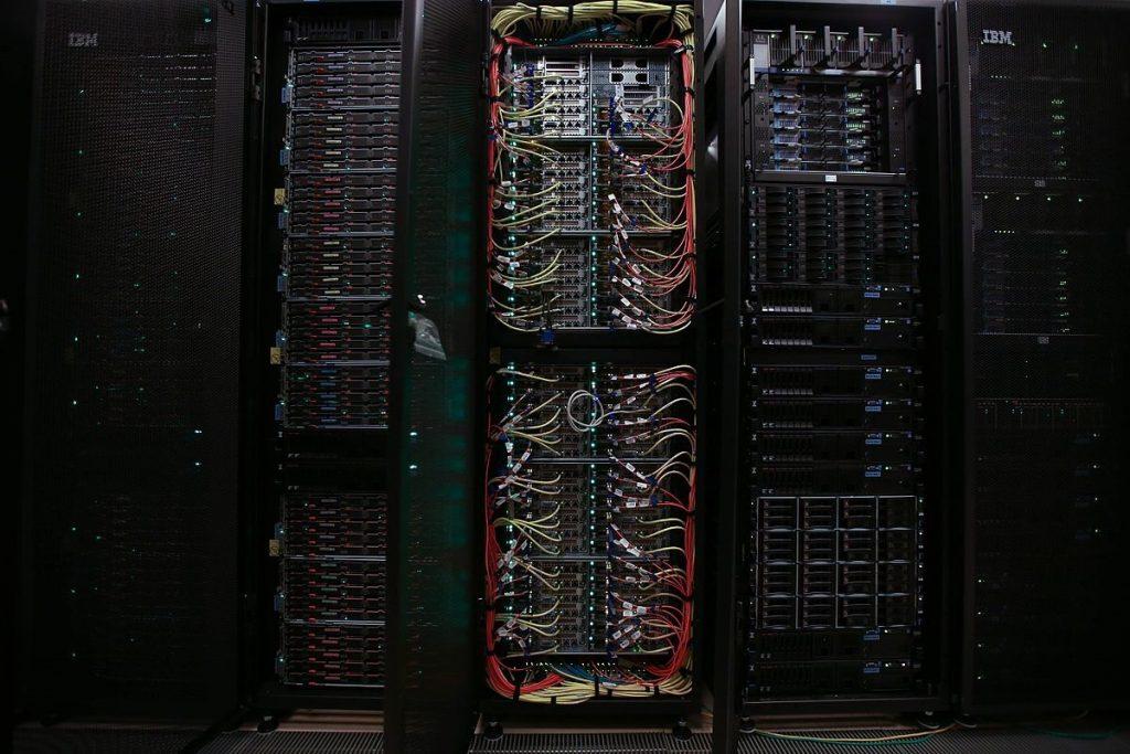 מערכות המחשב של נטפליקס החלו לקבוע אילו סדרות יופקו - ואילו סדרות ייגנזו